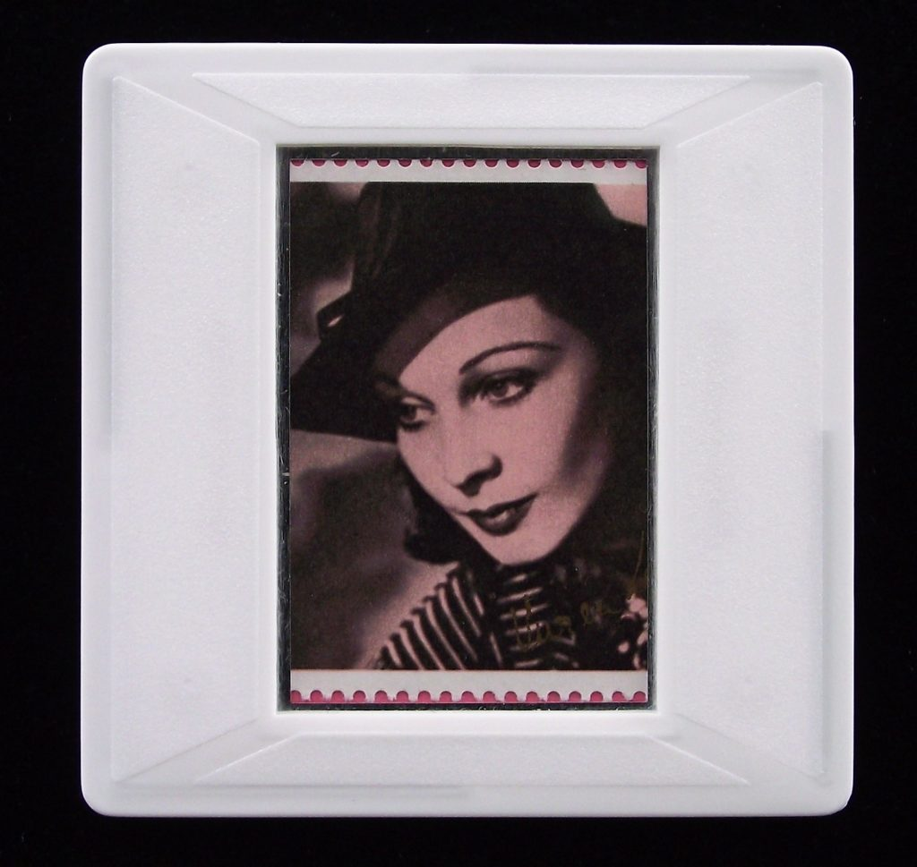 Vivien Leigh brooch (from photo by Angus McBean)