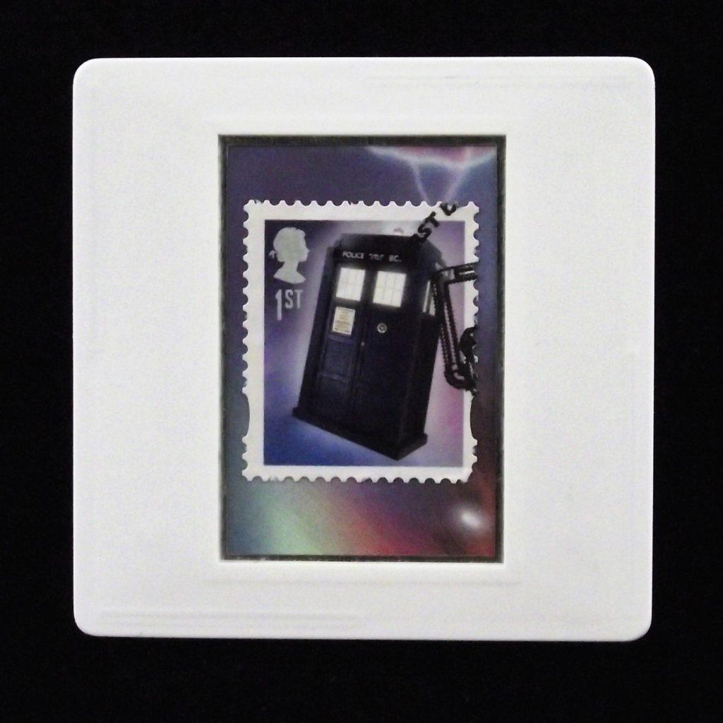 Tardis and Cybermen brooch badge