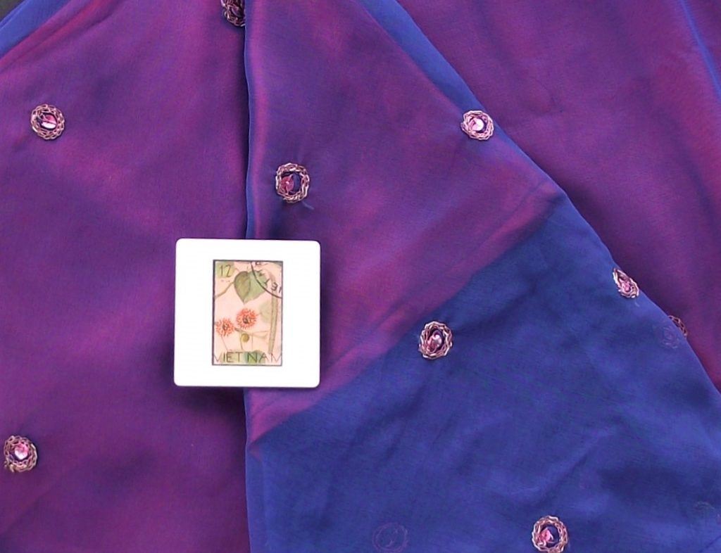 Brooch fastening on sari - how to wear a brooch