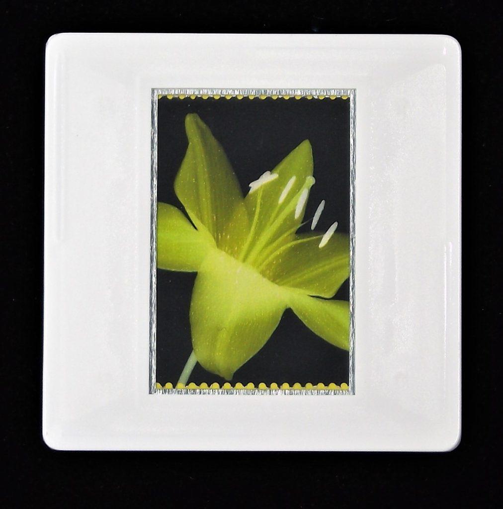 LIlium Lemon Pixie brooch