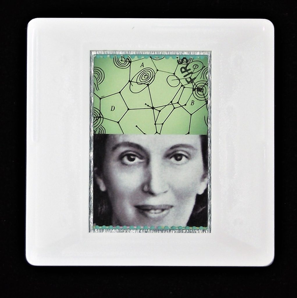 Dorothy Hodgkin science brooch - Royal Society